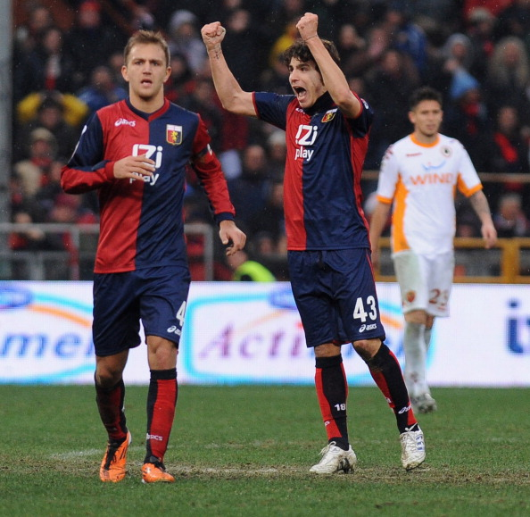 Paloschi esulta per il suo primo gol con Criscito (Foto Valerio Pennicino/Getty Images)