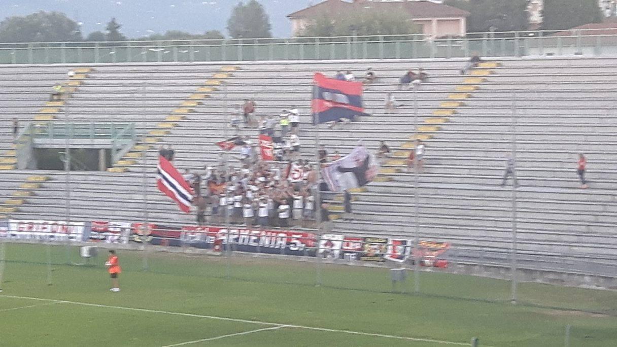 Settore genoani a Lucca