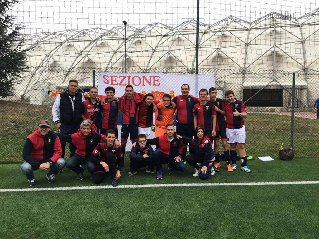 I Figgi Milano con i ragazzi di Quarta Categoria