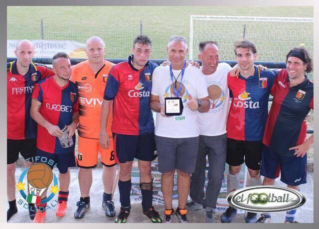 La squadra del Genoa Club Milano al Torneo di Buccinasco