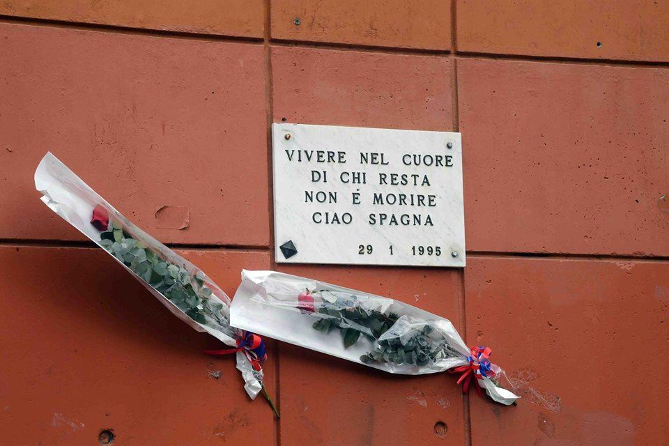 La lapide per Spagna (Foto Genoa cfc Tanopress)