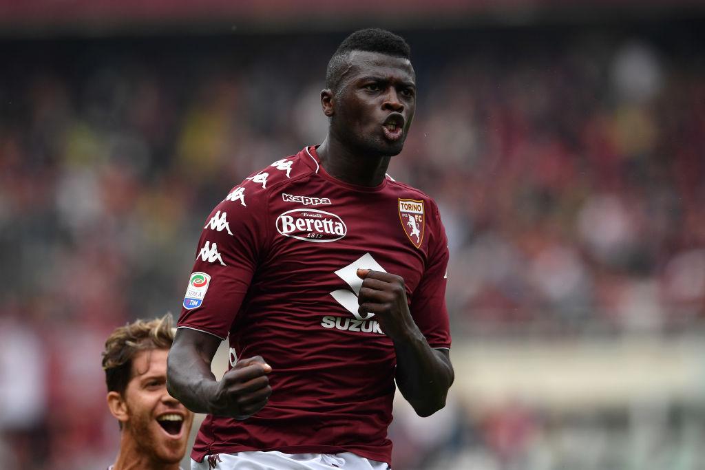 Obiettivi, il difensore Izzo passa dal Genoa al Torino