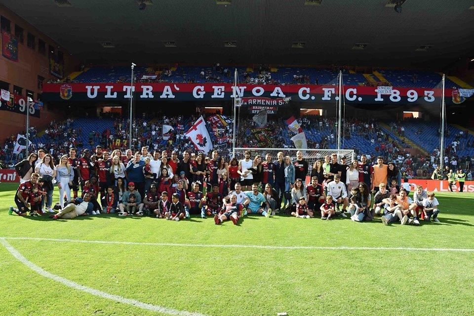Scatto di fine anno 2017-2018 (foto di Genoa CFC Tanopress)