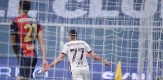 Mkhitaryan Genoa-Roma