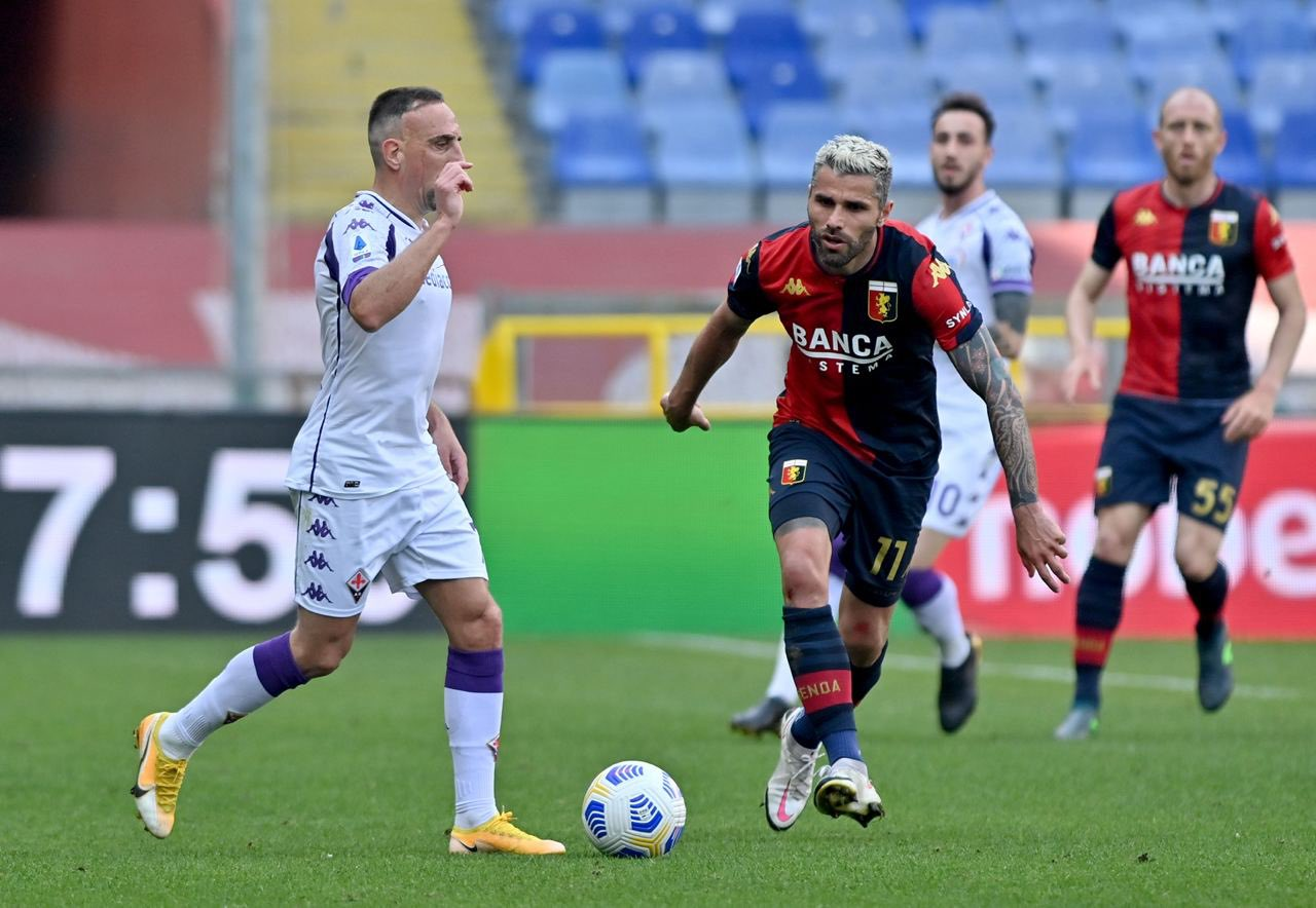 Ribery Behrami Genoa-Fiorentina