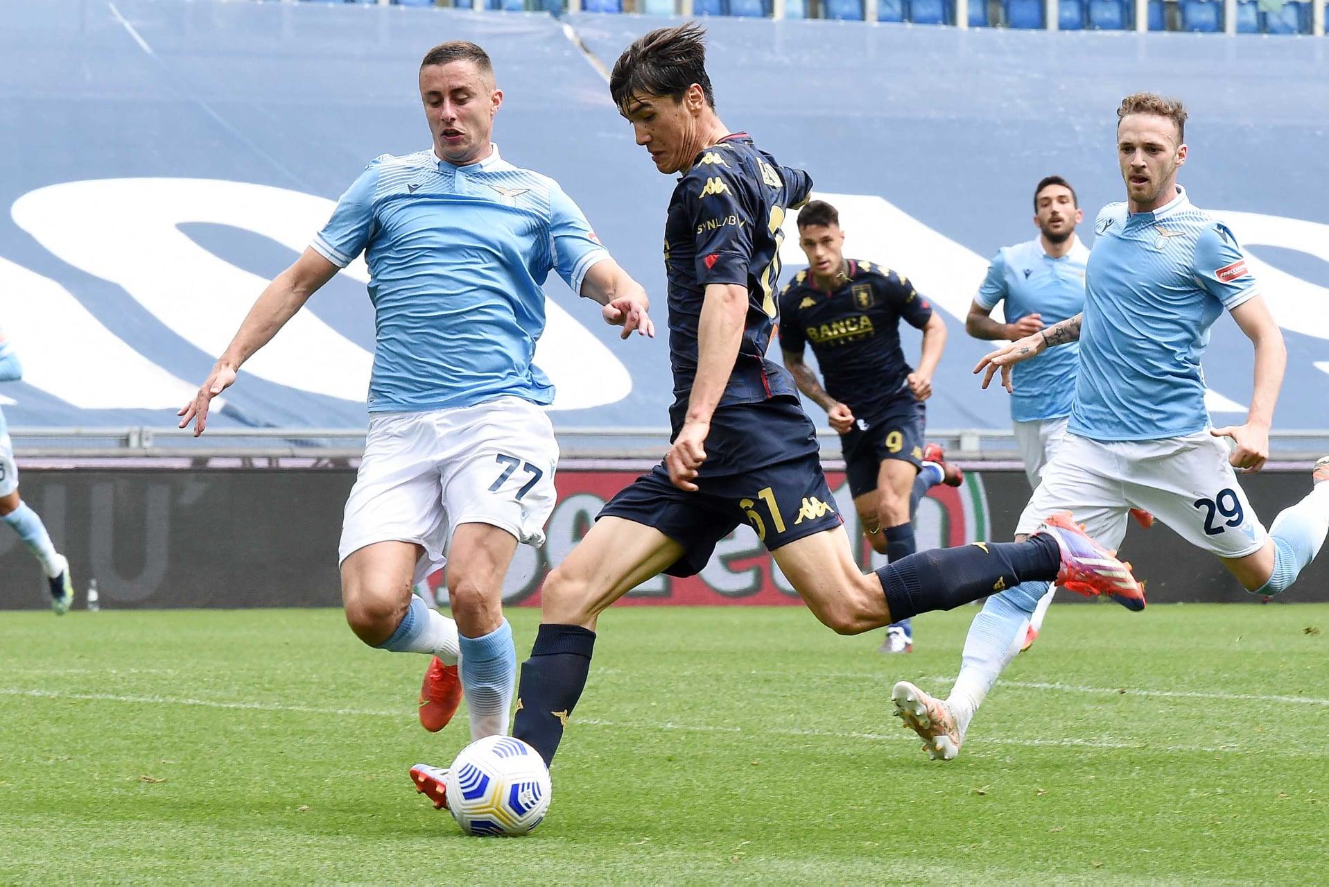Shomurodov Lazio-Genoa